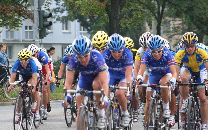 93 ciclistas llegaron a casi 54 minutos del ganador de la etapa.