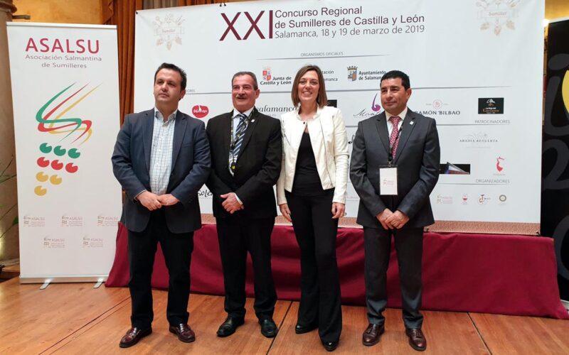 Milagros Marcos (3º izq), en el Concurso Regional de Sumilleres de Castilla y Le