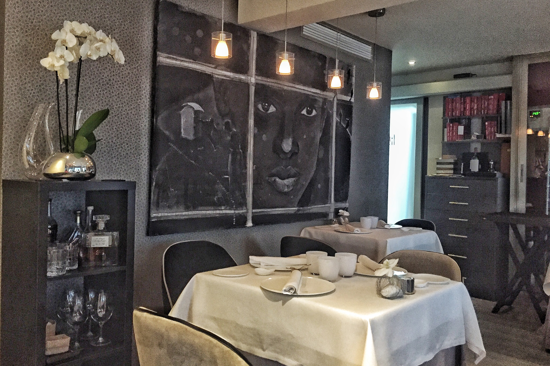 Comedor del Restaurante Skina, en pleno centro de Marbella.