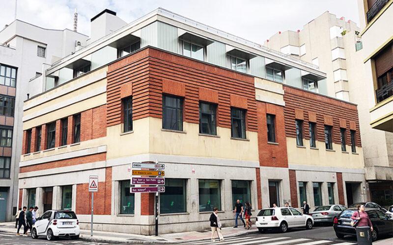 Antiguo edificio de Telefónica en León, adquirido por la empresa Xeridia para al