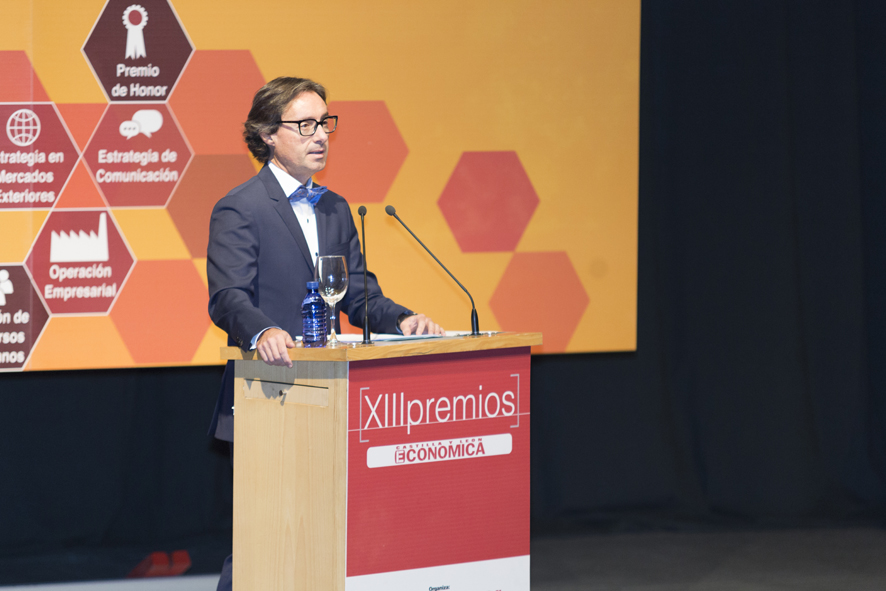 Alberto Cagigas, director de Castilla y León Económica, durante su discurso en l