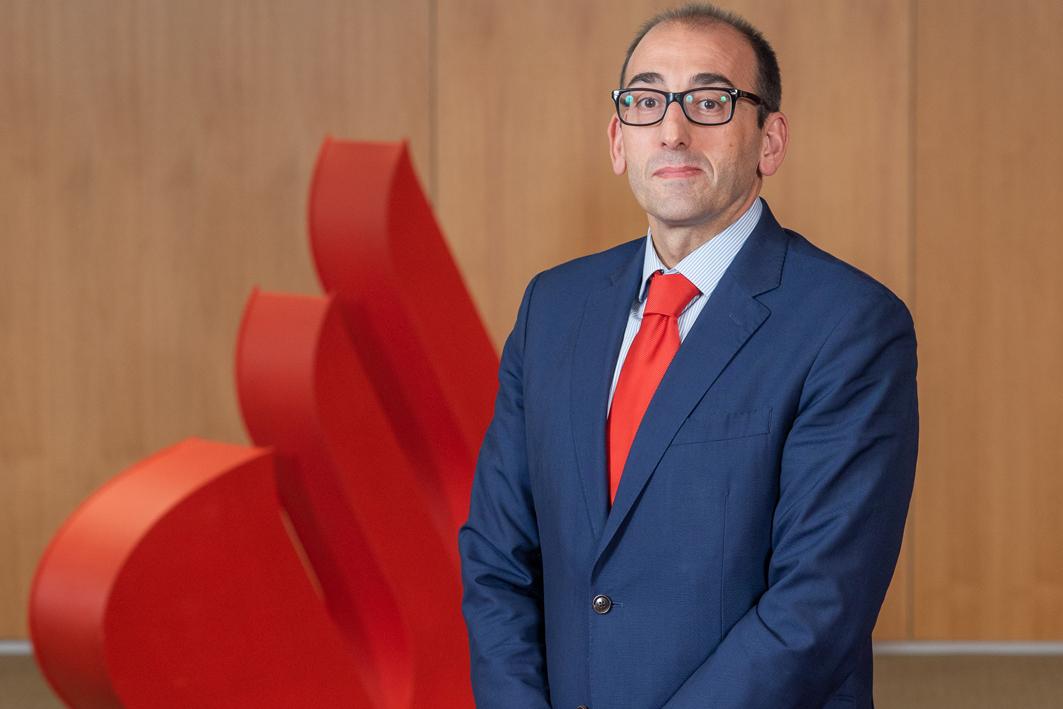 Javier Martín Calvo, director territorial de Banco Santander en Castilla y León.