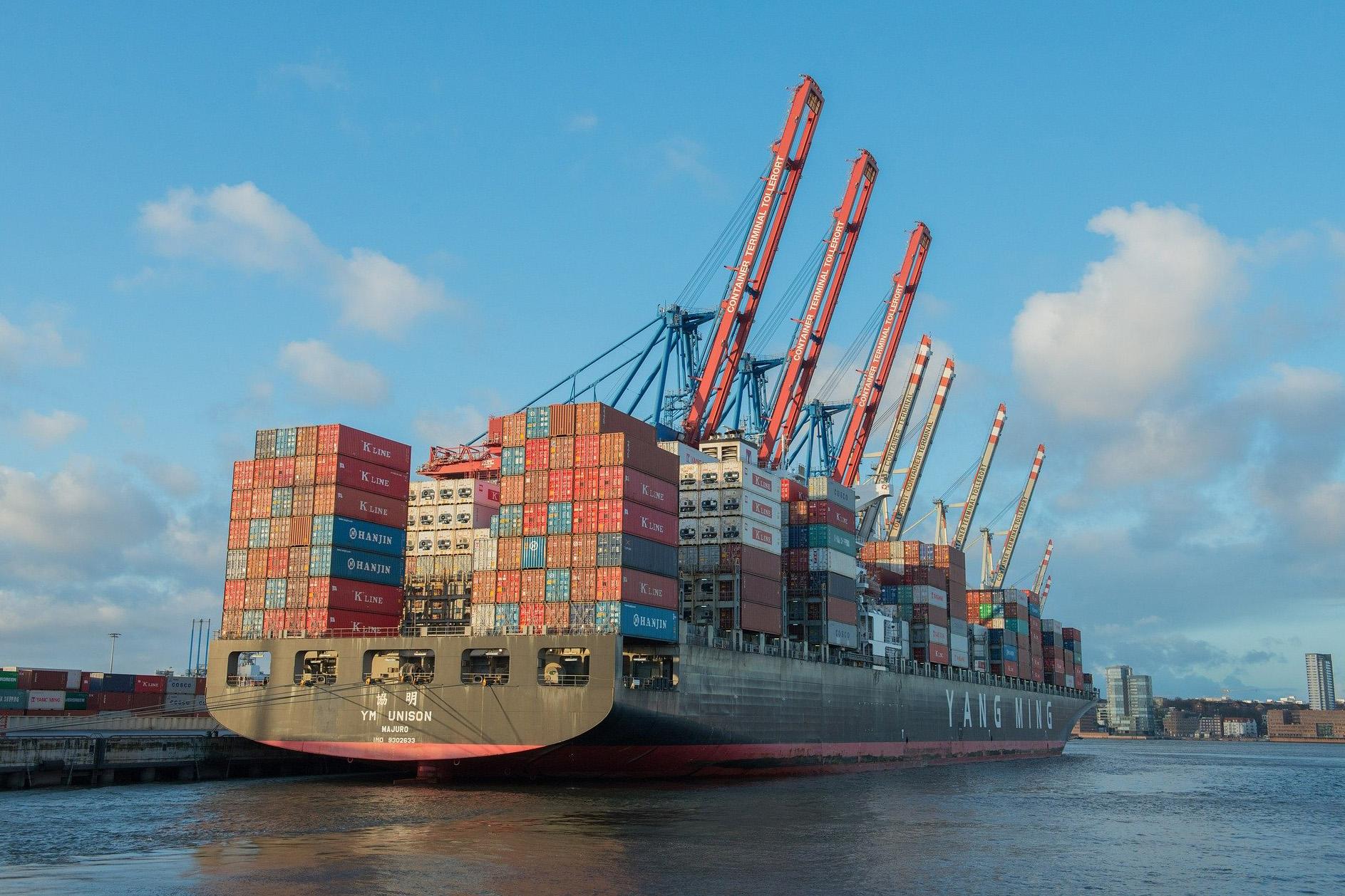 El saldo positivo de las exportaciones e importaciones es de 151,9 millones.