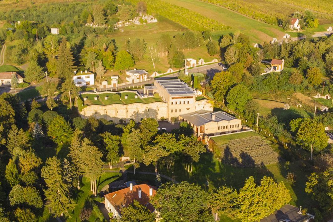 Bodega Oremus, propiedad de Tempos Vega Sicilia en Hungría.