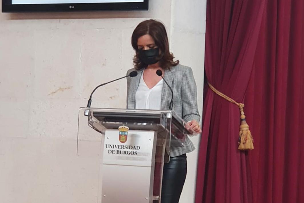 Ana Carlota Amigo, empleo, industria, jóvenes, paro, empresas, universidad.