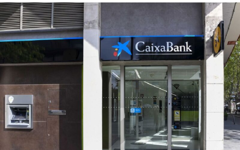 Caixabank, oficina, sucursal, Bankia, Banca, crédito, financiación.