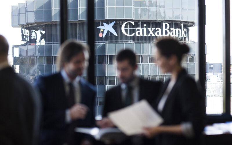 Caixabank financiación sostenibilidad bonos verdes eficiencia empresas