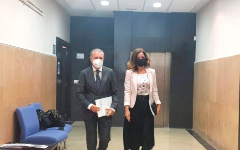 Andrés Ortega y Carlota Amigo