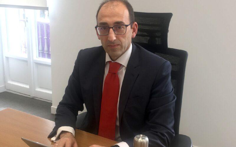 Javier Martín Calvo, director territorial de Santander en Castilla y León.